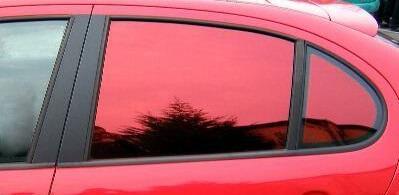 Цветная пленка для стекол автомобиля
