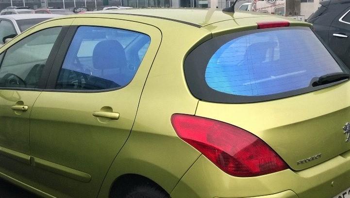 фиолетовая пленка хамелеон на стекла авто