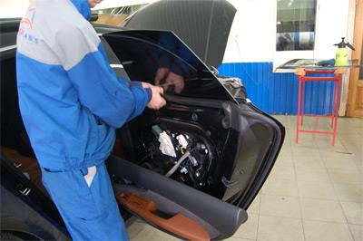 Тонировка автомобиля со снятием стёкол