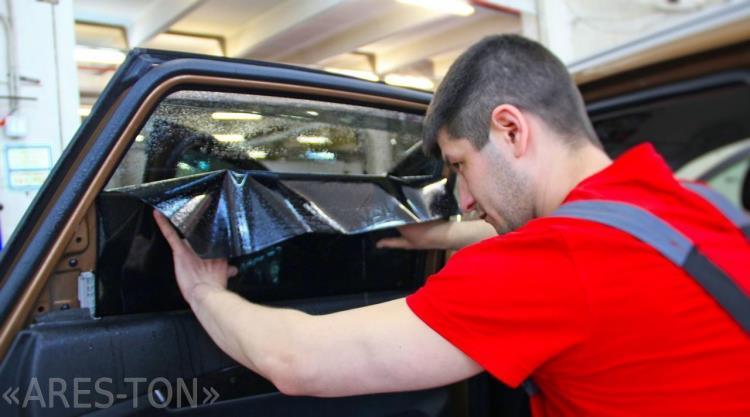 Тонирование стекол автомобиля в ЮВАО Москвы