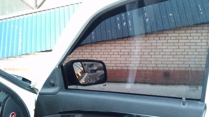 Гелевая тонировка стёкол автомобиля